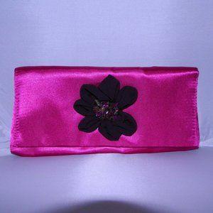 New AVON Pink Floral Flower Gemstone Clutch